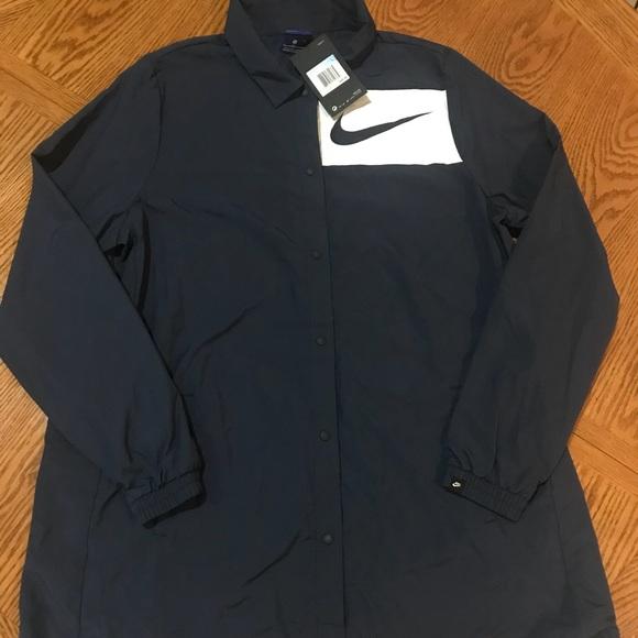 5549797dfc 💙Women s Nike Size Medium Navy Blue Windbreaker💙